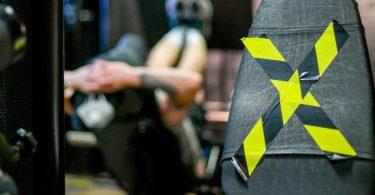 Auch wenn die Fitnessstudios jetzt wieder öffnen dürfen - das Angebot ist oft eingeschränkt. Mitunter verlangen die Anbieter trotzdem den vollen Beitrag. Foto: Jens Kalaene/dpa-Zentralbild/dpa-tmn