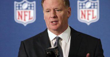 Ohne schwarze Spieler gebe es die NFL nicht, sagt Roger Goodell. Foto: Lm Otero/AP/dpa