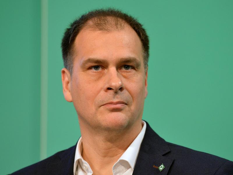 Werder Bremens Geschäftsführer Klaus Filbry hat in dieser Spielzeit einige Nerven gelassen. Foto: picture alliance / Carmen Jaspersen/dpa