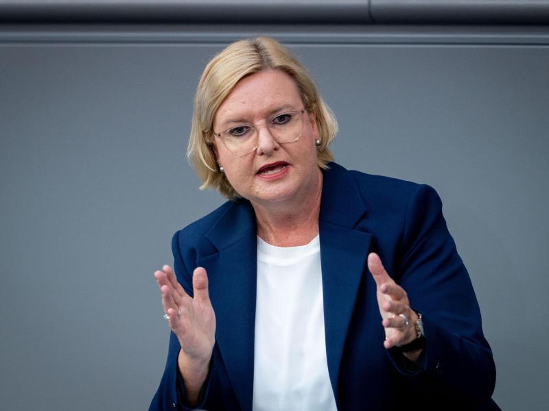 Eva Högl (SPD) ist Wehrbeauftragte des Bundestages. Foto: Kay Nietfeld/dpa