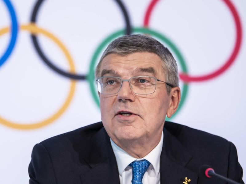 Thomas Bach ist der Präsident des Internationalen Olympischen Komitees. Foto: Jean-Christophe Bott/KEYSTONE/dpa