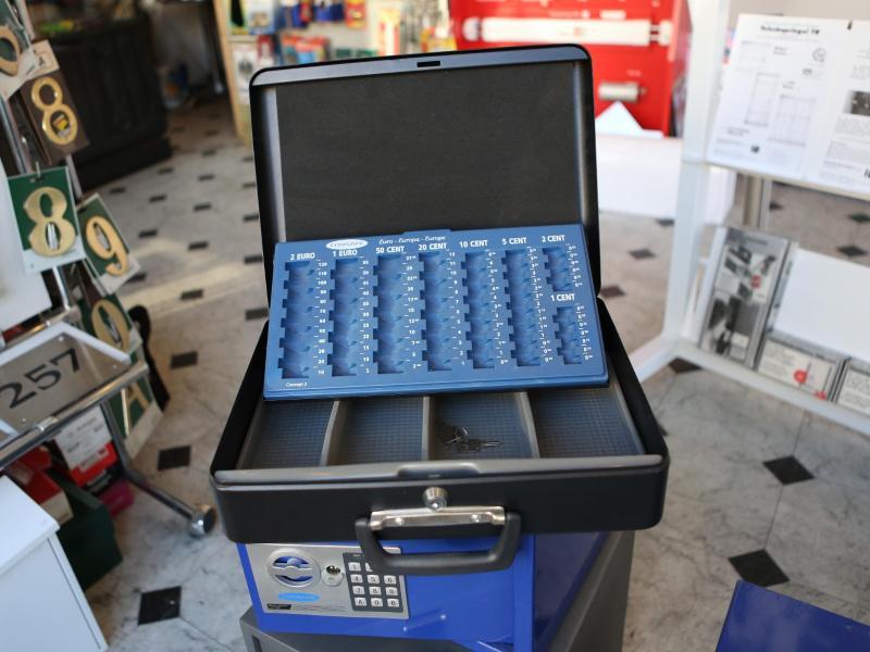 Den Gewerbetreibenden fehlen Einnahmen - den Kommunen die Gewerbesteuer. Foto: picture alliance / dpa