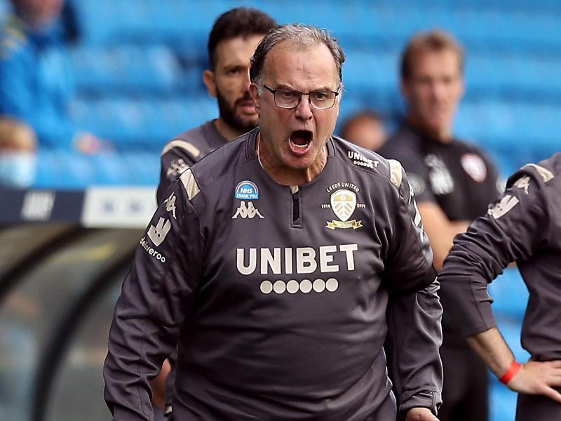 Dirigiert von der Seitenlinie aus: Leeds Uniteds Trainer Marcelo Bielsa. Foto: Martin Rickett/PA Wire/dpa