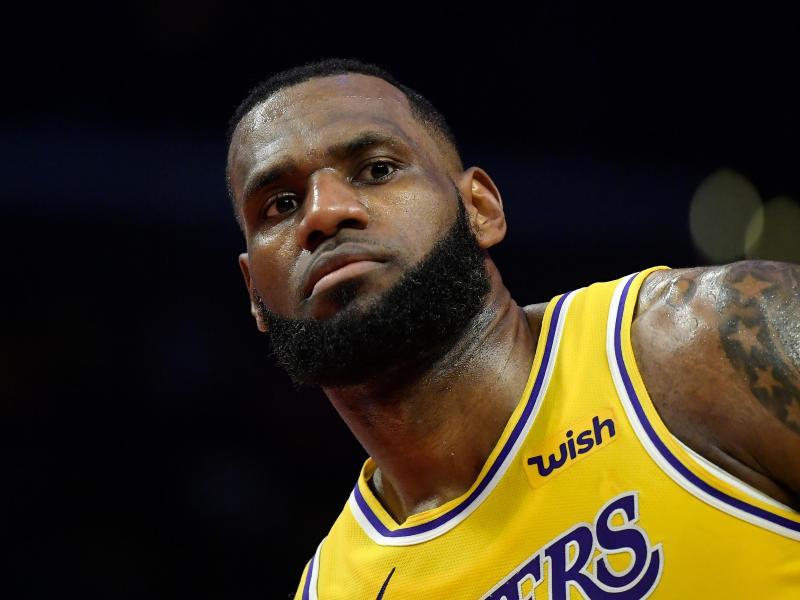LeBron James hat sich nach seinem Wechsel zu den Los Angeles Lakers auch durch Sprüche und Debatten um seine Leistungsfähigkeit motiviert. Foto: Mark J. Terrill/AP/dpa