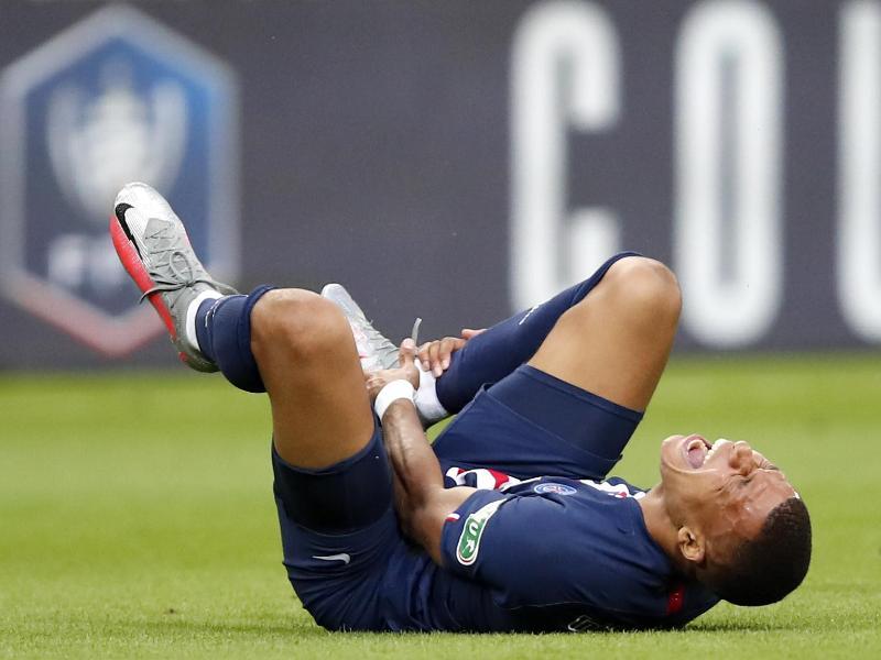 Kylian Mbappé fällt rund drei Wochen aus. Foto: Francois Mori/AP/dpa