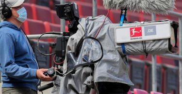 In der Kritik: Die Vergabe der TV-Rechte durch die DFL. Foto: Rolf Vennenbernd/dpa