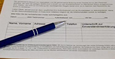 Um die Nutzung der Gäste-Registrierungen in Restaurant ist eine Diskussion entbrannt. Foto: Carsten Rehder/dpa