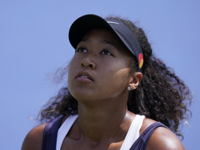 Verzichtet auf ihr Halbfinale beim WTA-Turnier:Tennis-Star Naomi Osaka. Foto: Frank Franklin II/AP/dpa