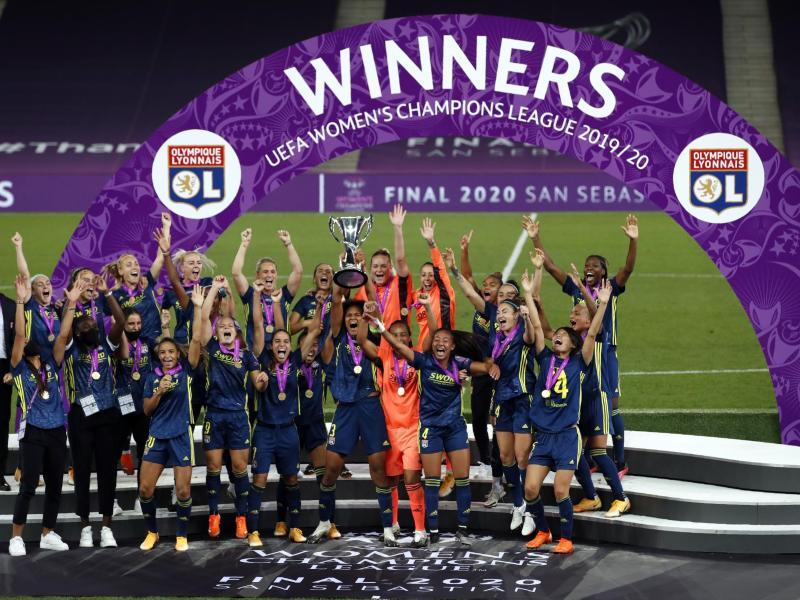 Olympique Lyon konnte bereits zum siebten Mal die Champions League der Frauen gewinnen. Foto: Clive Brunskill/pool Getty/AP/dpa