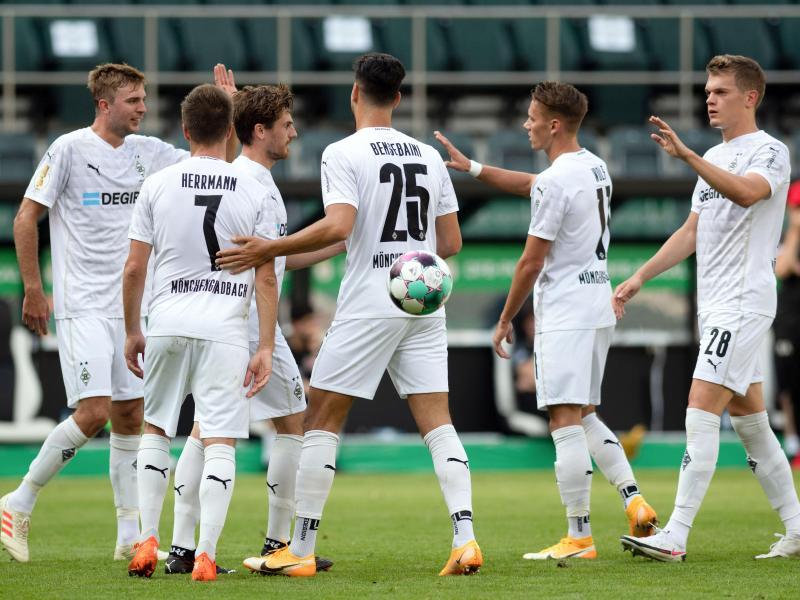 Champions-League-Teilnehmer Borussia Mönchengladbach ließ dem FC Oberneuland nicht den Hauch einer Chance. Foto: Bernd Thissen/dpa