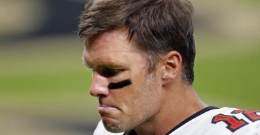 Hat sein Debüt mit den Tampa Bay Buccaneers verloren: Quarterback Tom Brady. Foto: Brett Duke/AP/dpa