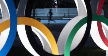 Das IOC will den Iran nicht aus der olympischen Familie verbannen. Foto: Jae C. Hong/AP/dpa
