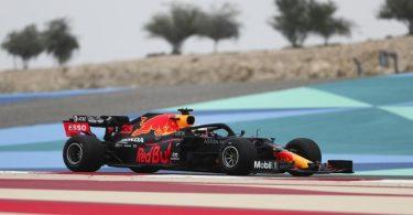 Max Verstappen präsentierte sich im Training als ernsthafter Konkurrent von Lewis Hamilton. Foto: Kamran Jebreili/Pool AP/dpa