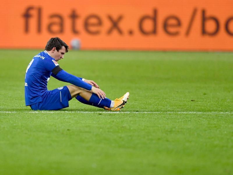Benito Raman und der FC Schalke 04 bleiben seit nunmehr 25 Spielen ohne Sieg. Foto: Marius Becker/dpa