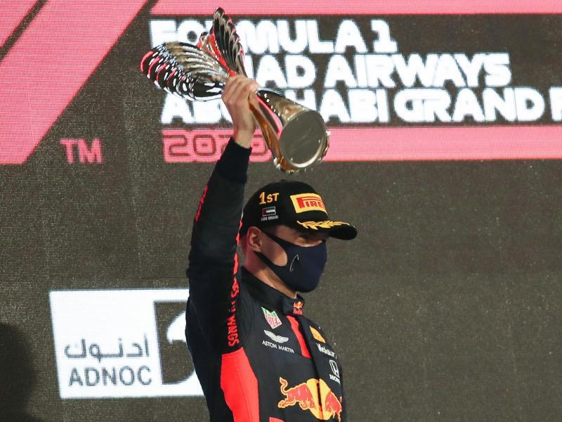 Red-Bull-Pilot Max Verstappen hat den Saisonabschluss in Abu Dhabi gewonnen. Foto: Kamran Jebreili/Pool AP/AP/dpa