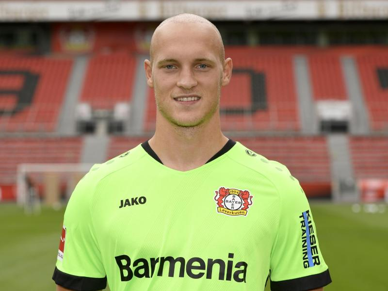 Erstmals seit acht Jahren wieder im Tor: Leverkusens Keeper Niklas Lomb. Foto: Ina Fassbender/POOL/AFP/dpa