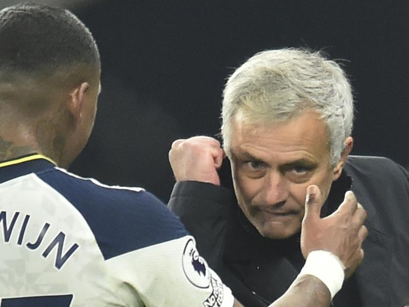 Tottenhams Coach José Mourinho wurde in der Premier League zum Trainer des Monats November gekürt. Foto: Glyn Kirk/Pool AFP/AP/dpa