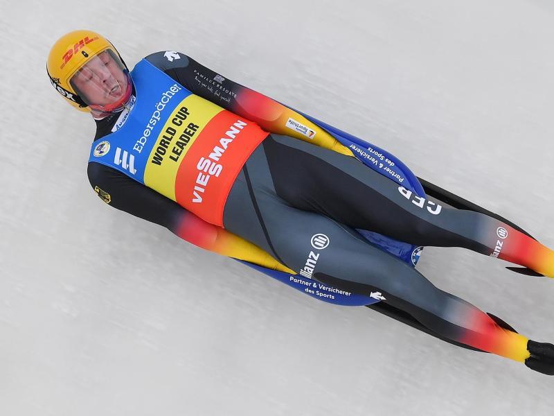 Felix Loch feierte den vierten Sieg im vierten Saisonrennen. Foto: Martin Schutt/dpa-Zentralbild/dpa