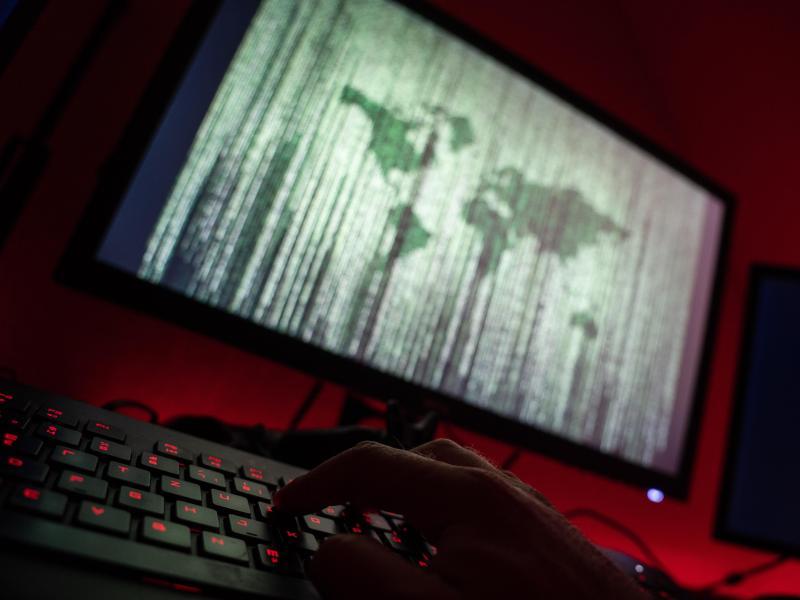 Laut EMA wird sich die Zulassung der Impfstoffe durch die Cyberattacke nicht verzögern. Foto: Nicolas Armer/dpa/Symbolbild