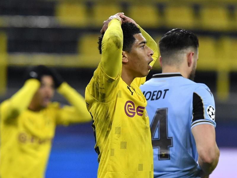 Dortmunds Jude Bellingham reagiert auf den Spielverlauf: Soeben wurde von Lazio Rom der Ausgleich geschafft. Foto: Martin Meissner/AP POOL/dpa