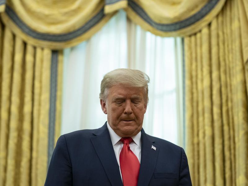 Der amtierende US-Präsident Donald Trump spricht weiter unverhohlen von Wahlbetrug. Foto: Evan Vucci/AP/dpa
