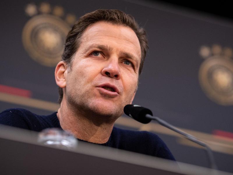 Gibt Bundestrainer Joachim Löw Rückendeckung: Nationalmannschafts-Direktor Oliver Bierhoff. Foto: Marius Becker/dpa