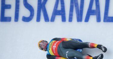 Holt sich auf der Bahn in Altenberg den Sieg: Felix Loch. Foto: Sebastian Kahnert/dpa-Zentralbild/dpa