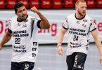 Flensburgs Mads Mensah Larsen (l) und Flensburgs Jim Gottfridsson feiern einen Treffer. Foto: Axel Heimken/dpa