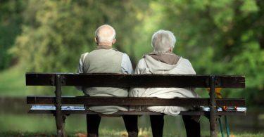 Wer 35 Versicherungsjahre hat und somit eine Rente für langjährig Versicherte erhält, kann heute mit 65,7 Jahre abschlagsfrei in Rente gehen, im Jahr 2035 mit 67. Foto: Sebastian Kahnert/dpa-Zentralbild/dpa