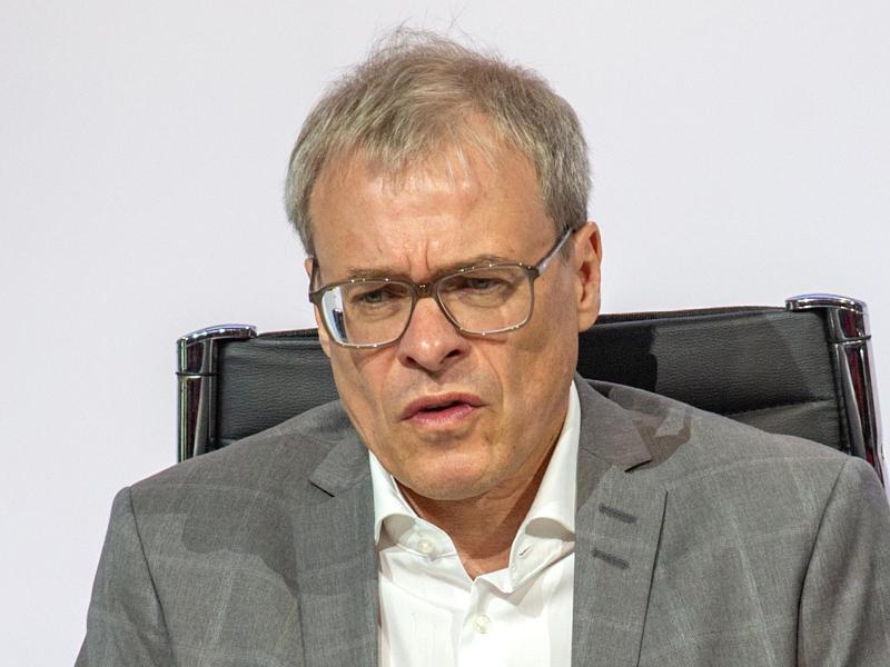 Geht hart mit dem DFB ins Gericht: DFL-Aufsichtsratschef Peter Peters. Foto: Andreas Gora/dpa