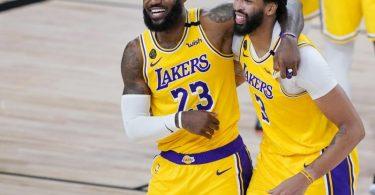 Superstars der NBA: LeBron James und Anthony Davis von den Los Angeles Lakers. Foto: Ashley Landis/Pool AP/dpa