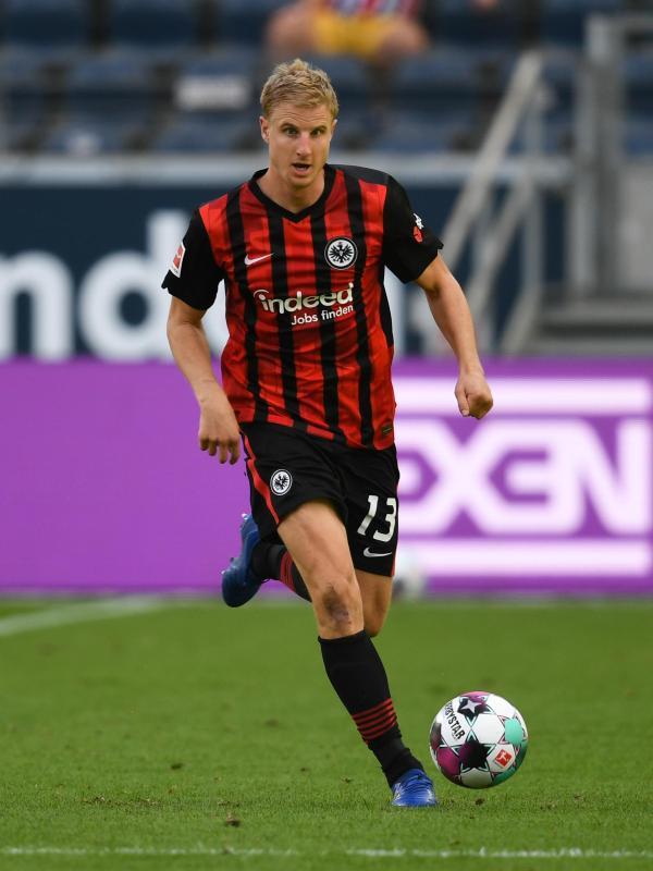 Für Martin Hinteregger ist das Duell mit dem FC Augsburg noch etwas Besonderes. Foto: Arne Dedert/dpa