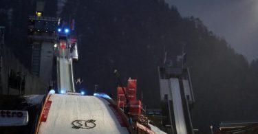 Die Skisprung-Anlage in Oberstdorf. Die Vierschanzentournee gehört rund um den Jahreswechsel zu den sportlichen Highlights. Foto: Karl-Josef Hildenbrand/dpa
