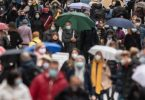 Nur jeder Vierte glaub, dass die Pandemie 2021 weitgehend überwunden wird. Foto: Bernd Thissen/dpa