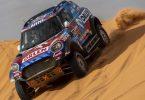 Schon 2020 hatte Saudi-Arabien die Rallye Dakar ausgerichtet: Der Pole Jakub Przygonski mit Copilot Timo Gottschalk in Aktion. Foto: Bernat Armangue/AP/dpa