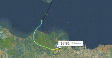 Die Flugbahn des Passagierflugzeugs der indonesischen Sriwijaya Air, bevor es vom Radar verschwand. Foto: Uncredited/Flightradar24.com/AP/dpa