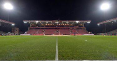 Die Partie in der Alten Försterei endete mit einem Unentschieden zwischen dem 1. FCUnion und dem VfL Wolfsburg. Foto: Soeren Stache/dpa-Zentralbild/dpa