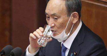 Yoshihide Suga ist der Premierminister von Japan. Foto: Koji Sasahara/AP/dpa