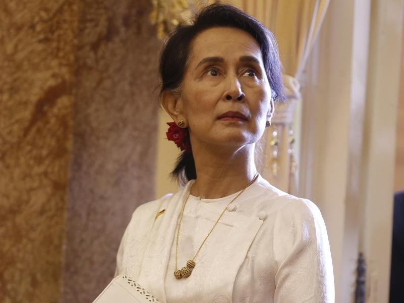 Friedensnobelpreisträgerin Aung San Suu Kyi hatte sich bei der jüngsten Parlamentswahl eine zweite Amtszeit gesichert. Foto: Kham/Pool Reuters/AP/dpa