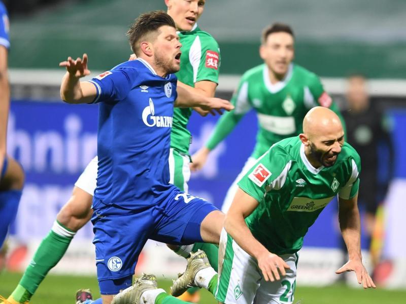 Bereits für Schalke aktiv: Klaas-Jan Huntelaar (l). Foto: Carmen Jaspersen/dpa