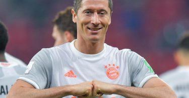 Münchens Robert Lewandowski will auch am Donnerstag im Finale der Club-WM jubeln. Foto: Nikku/XinHua/dpa