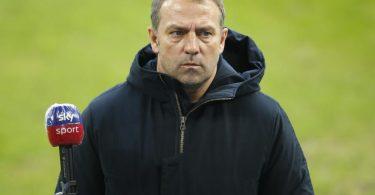 Hat mit Club-Weltmeister Bayern Arminia Bielefeld zu Gast: FCB-Coach Hansi Flick. Foto: Leon Kuegeler/Reuters/Pool/dpa