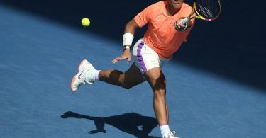 Steht nach einem klaren Sieg über Fabio Fognini im Viertelfinale: Rafael Nadal in Aktion. Foto: Andy Brownbill/AP/dpa
