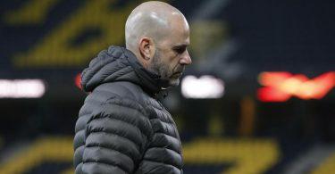 Angefressen: Leverkusen-Coach Peter Bosz nach dem 3:4 in Bern. Foto: Peter Klaunzer/KEYSTONE/dpa