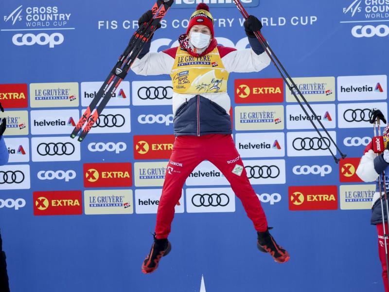 Die sportliche Klasse des russischen Langlauf-Heißsporns Alexander Bolschunow ist unbestritten. Foto: Alessandro Trovati/AP/dpa
