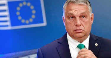 Ungarns Ministerpräsident Viktor Orban trifft zum EU-Gipfel im Gebäude des Europäischen Rates ein. Foto: John Thys/AFP Pool/AP/dpa