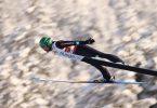 Fabian Rießle war unzufrieden mit seinem Sprung. Foto: Daniel Karmann/dpa