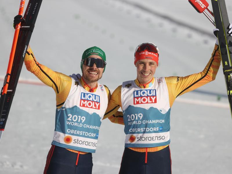 Eric Frenzel (r) und Fabian Rießle holten WM-Bronze. Foto: Karl-Josef Hildenbrand/dpa
