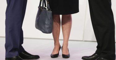 Unverdient:Frauen verdienen weiterhin im Schnitt deutlich weniger als Männer. Foto: Oliver Berg/dpa