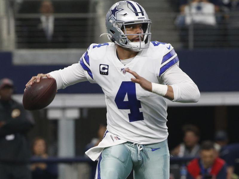 Quarterback Dak Prescott hat einen neuen Vertrag bei den Dallas Cowboys unterschrieben. Foto: Ron Jenkins/AP/dpa